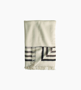 Woolrich hudson s bay capote throw   natural
